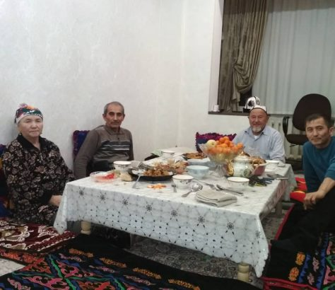 Famille Mamacharipov Kimsan Kamoliddin Abdoulmalik