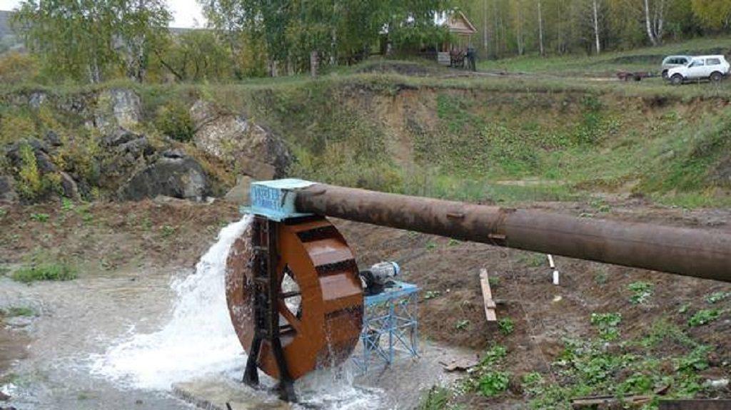 La micro-centrale hydroélectrique en action