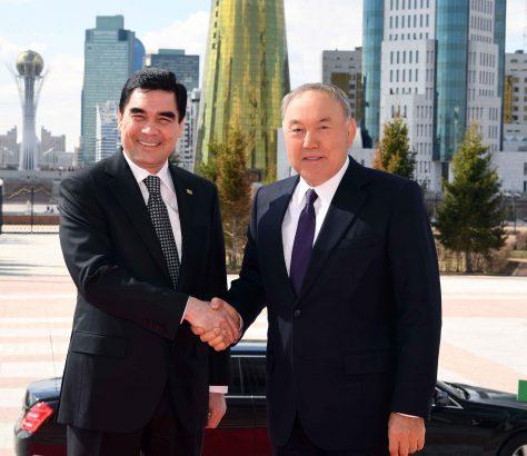 Noursoultan Nazarbaïev Gourbangouly Berdimouhamedov Turkménistan Kazakhstan Commerce Economie