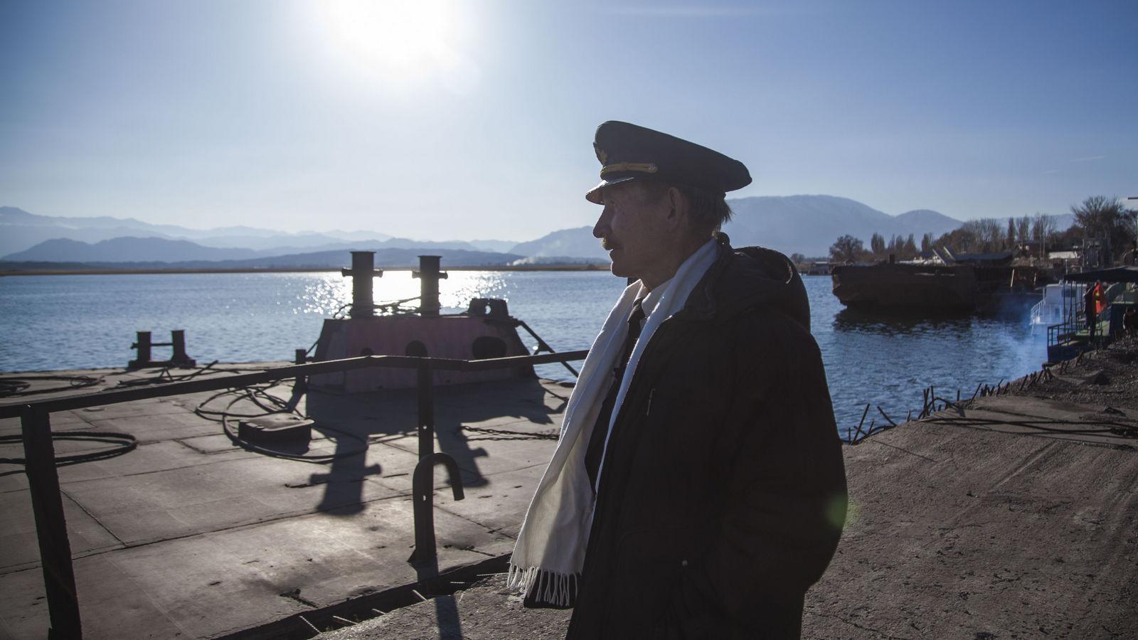 Boris Tchumakov Issyk-Koul Compagnie de navigation Fret Kirghizstan Lac Faillite
