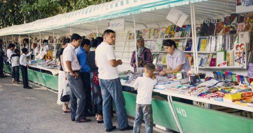 Ouzbékistan Littérature Marché Marchant Tachkent Livres