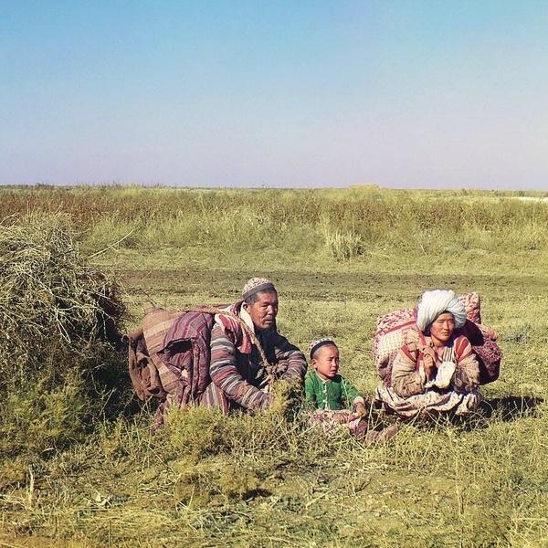 Asie centrale XXème siècle 1910 Voyage Sergueï Prokoudine-Gorski Empire russe Photographie Nomades Kirghiz Steppe de la Faim