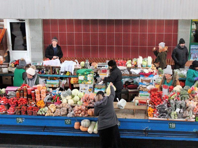 Almaty Kazakhstan bazar vert