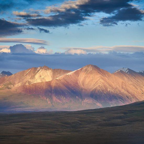 Montagnes Kirghizstan Nature