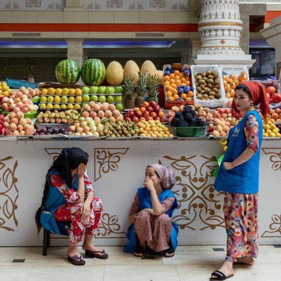 Marché de Mehrgon Bazar Douchanbé Tadjikistan