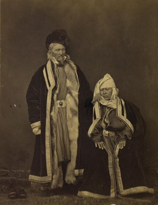 Portrait Semipalatinsk Homme Femme Kazakhs Kazakhstan XIXème XXème siècle 19ème 20ème Photographies Histoire Société