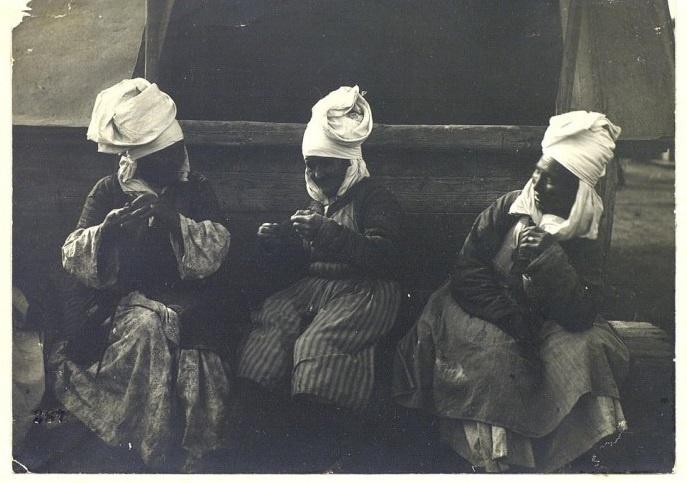 Kazakhs Femmes Kazakhstan XIXème XXème siècle 19ème 20ème Photographies Histoire Société