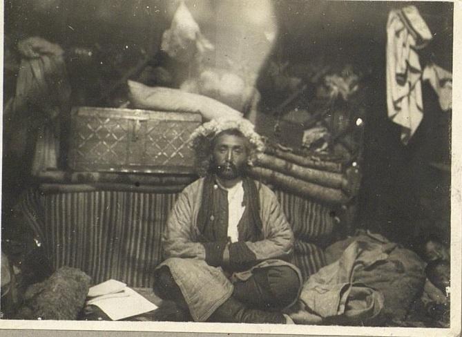 Kazakhs Naïman Homme Protrait Kazakhstan XIXème XXème siècle 19ème 20ème Photographies Histoire Société