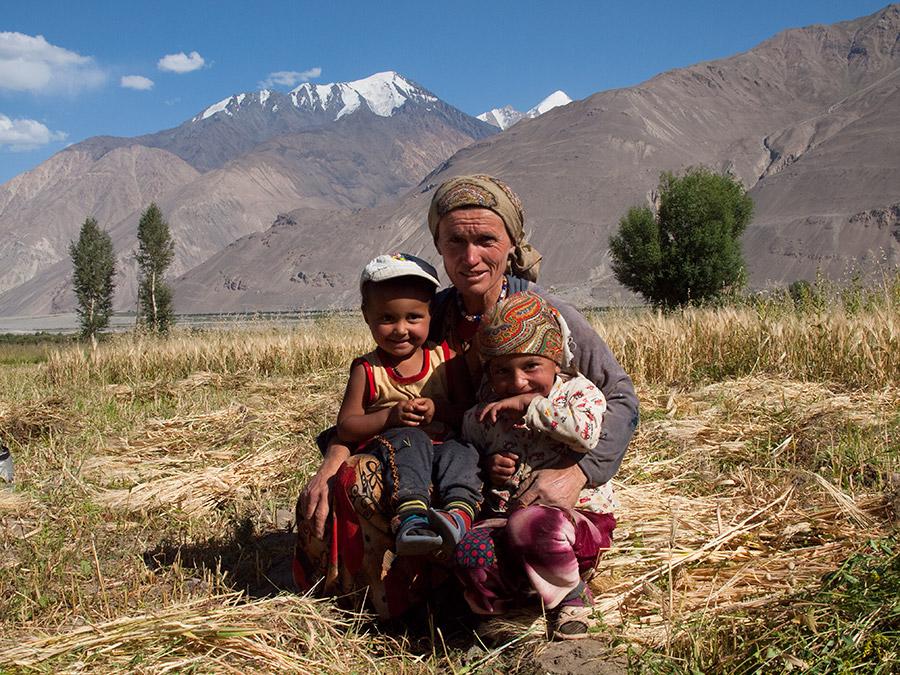 Femmes Tadjikistan Société Vie quotidienne charge responsabilité Famille