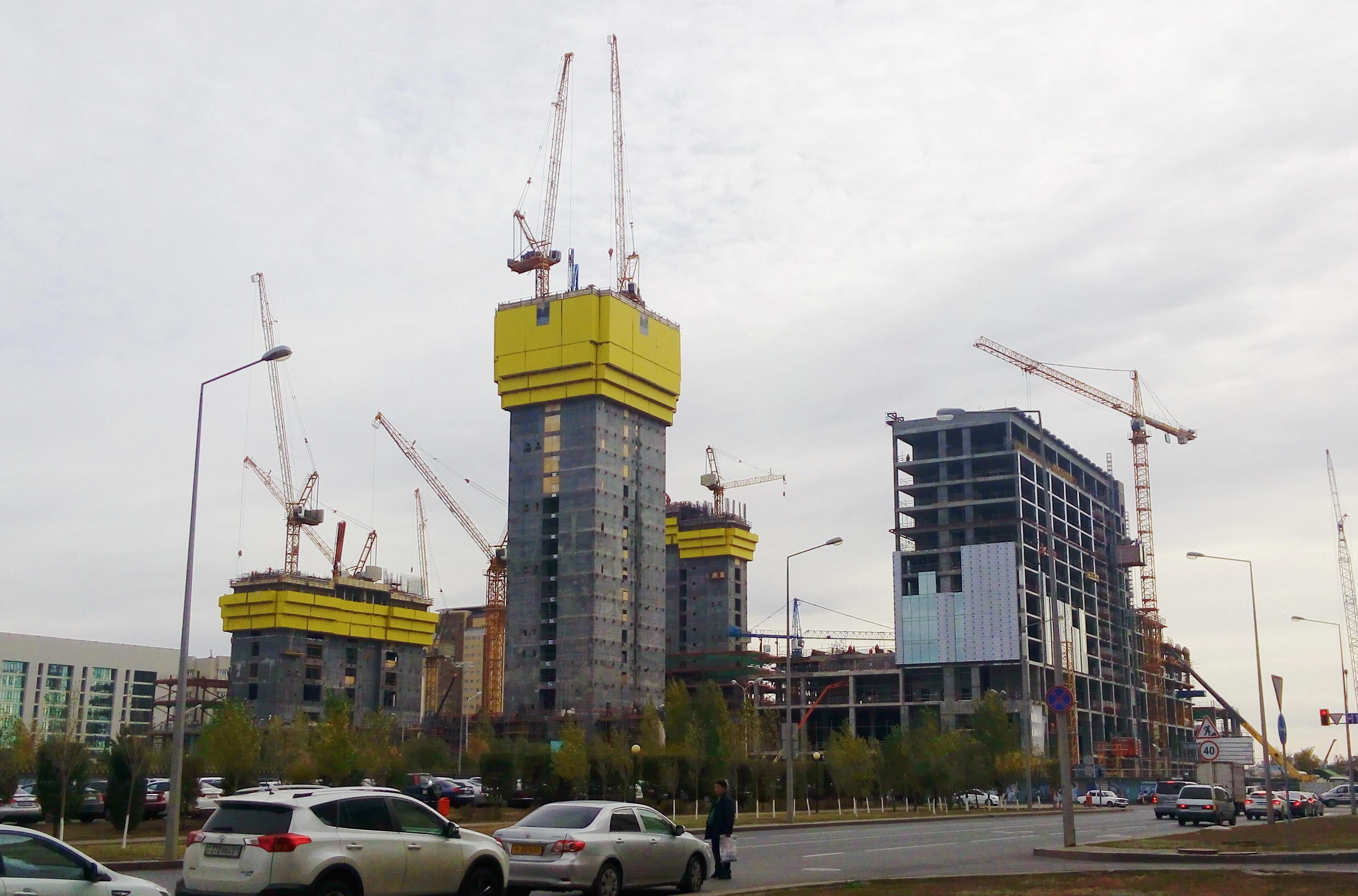 Abu Dhabi Plaza Noursoultan Astana Capitale Kazakhstan 2015 Chantier Construction