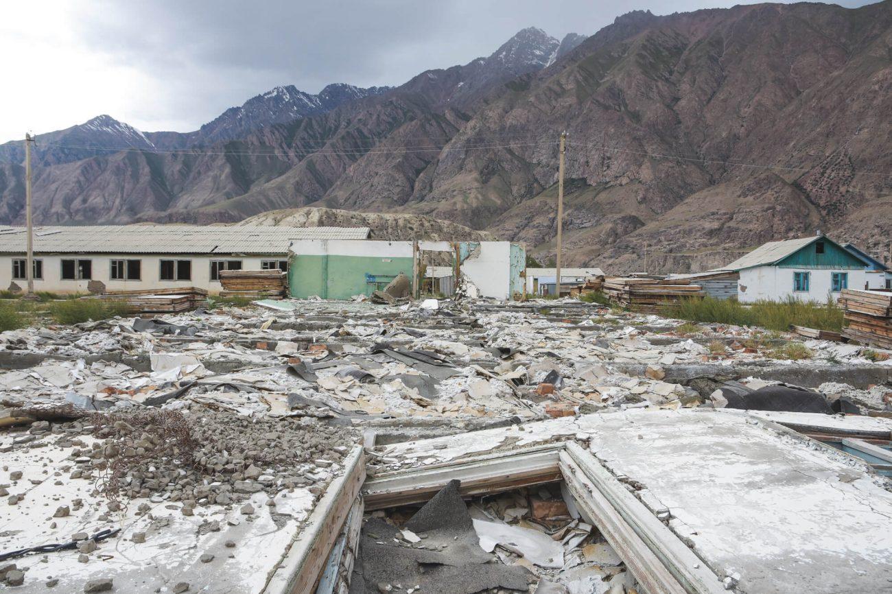 Mine Engilchek Issyk-koul Kirghizstan Photo du Jour