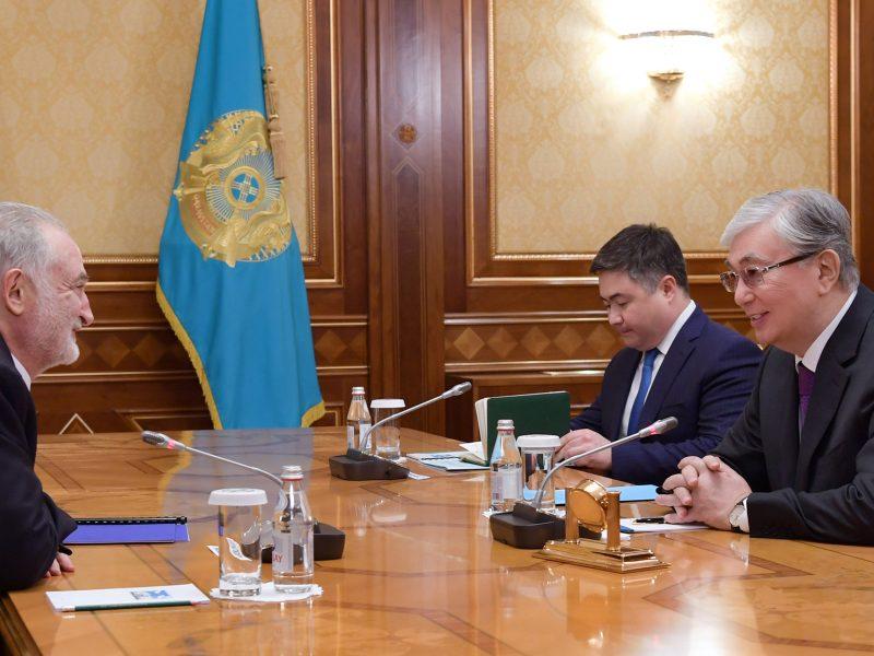 Jacques Attali Kassym Jomart Tokaïev Rencontre Kazakhstan Nur-Sultan