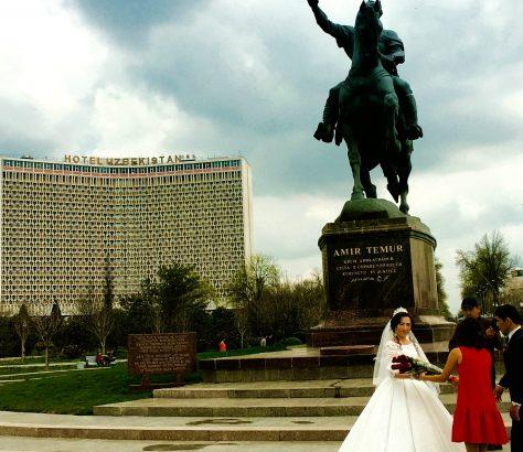 Tachkent Mariage mariée fleurs amir timur tamerlan ouzbékistan