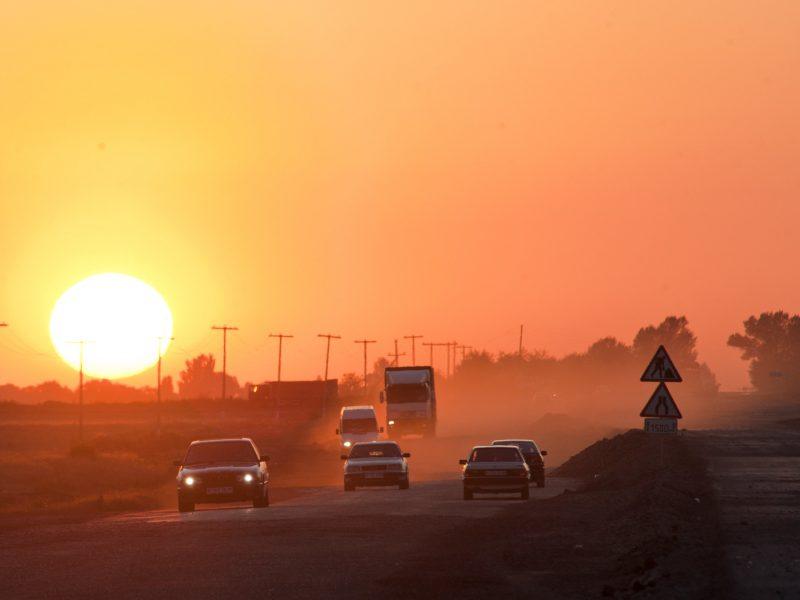 Kazakhstan Kirghizstan Frontière Camions OMC UEE