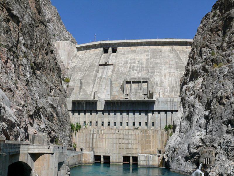 Toktogoul Barrage Kirghizstan Eau Lac Electricité Histoire