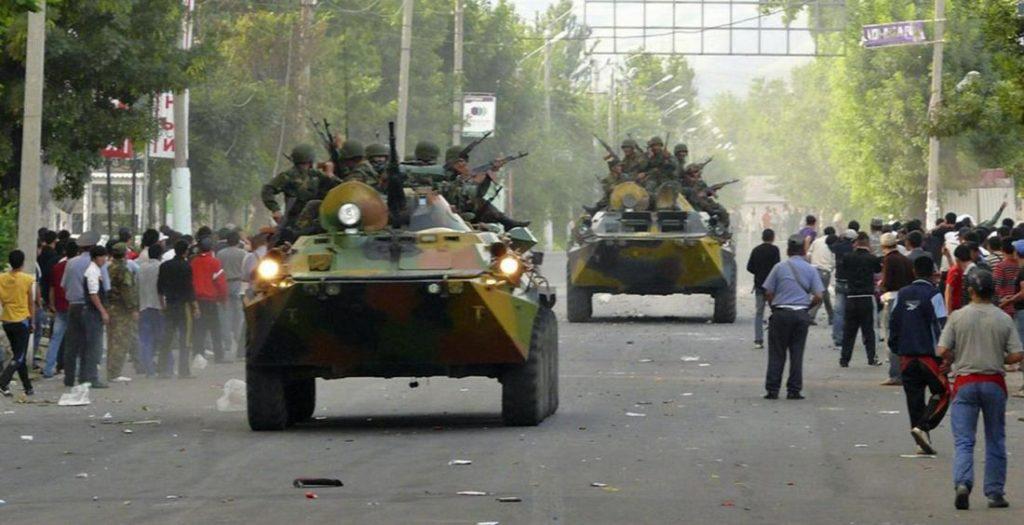 Affrontements Och Ouzbékistan