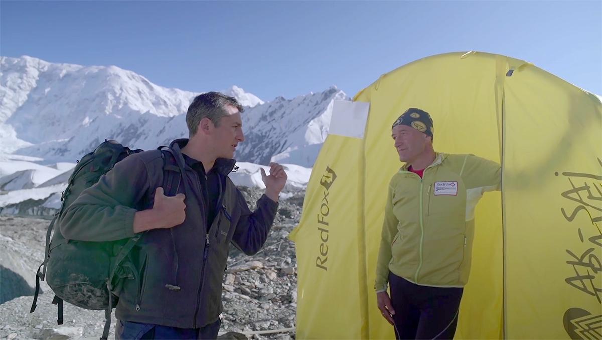 Cédric Gras Asie centrale film Alpinistes de Staline Abakalov frères URSS Livre Film Vers les Monts célestes Guide kirghiz