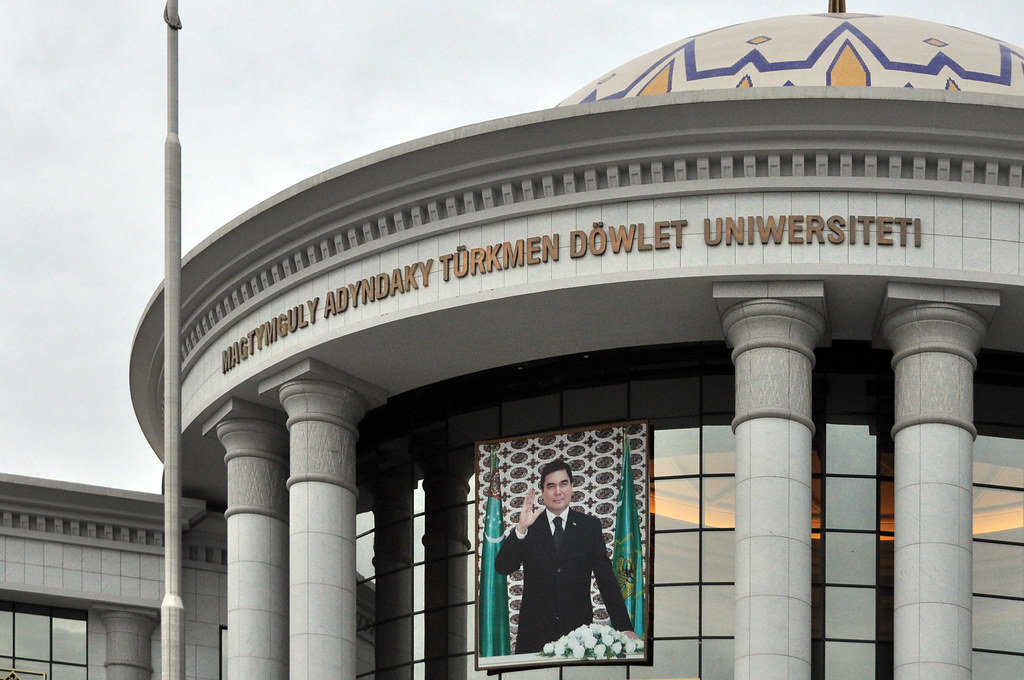 Berdimouhamedov Université Achgabat Turkmenistan