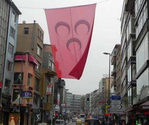 MHP drapeau Istanbul Zeytunburnu