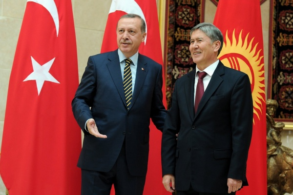 Recep Tayyip Erdogan visite à Bichkek