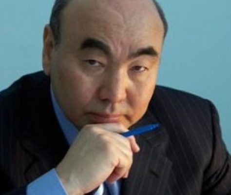 L ancien président du Kirghizistan Askar Akaïev. Crédit : kloop.info